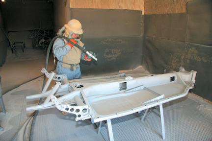 W Mega Sprężarka śrubowa do piaskowania - Czwarte medium FP16
